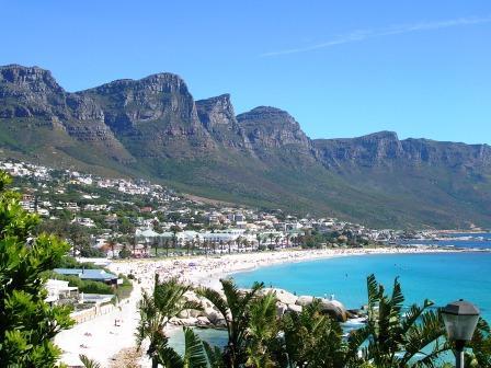 Camps Bay, la spiaggia più grande e famosa di Cape Town