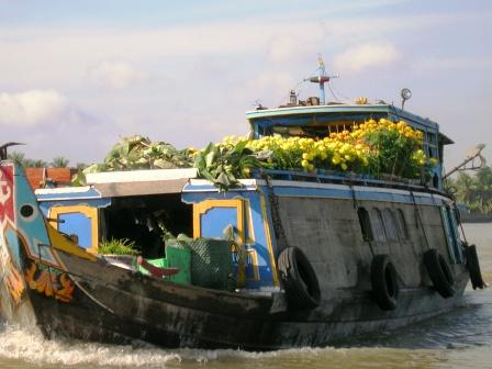 mekong-boat